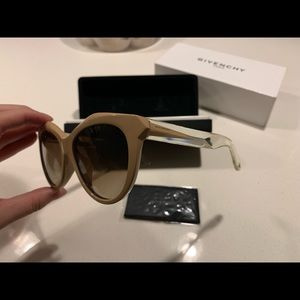 Givenchy sunglasses NEW with box  nude clear color